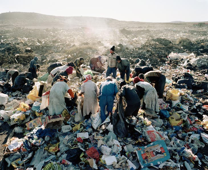 Residents, Vaalkoppies (Beaufort West Rubbish Dump)